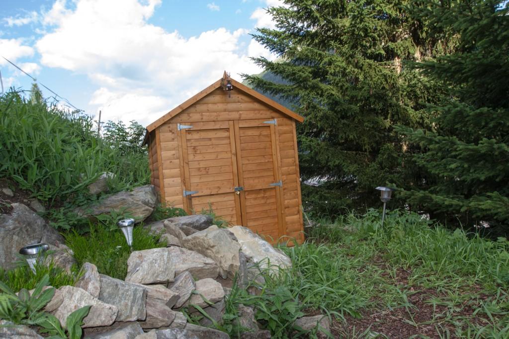 Bienenhütte Stand 01